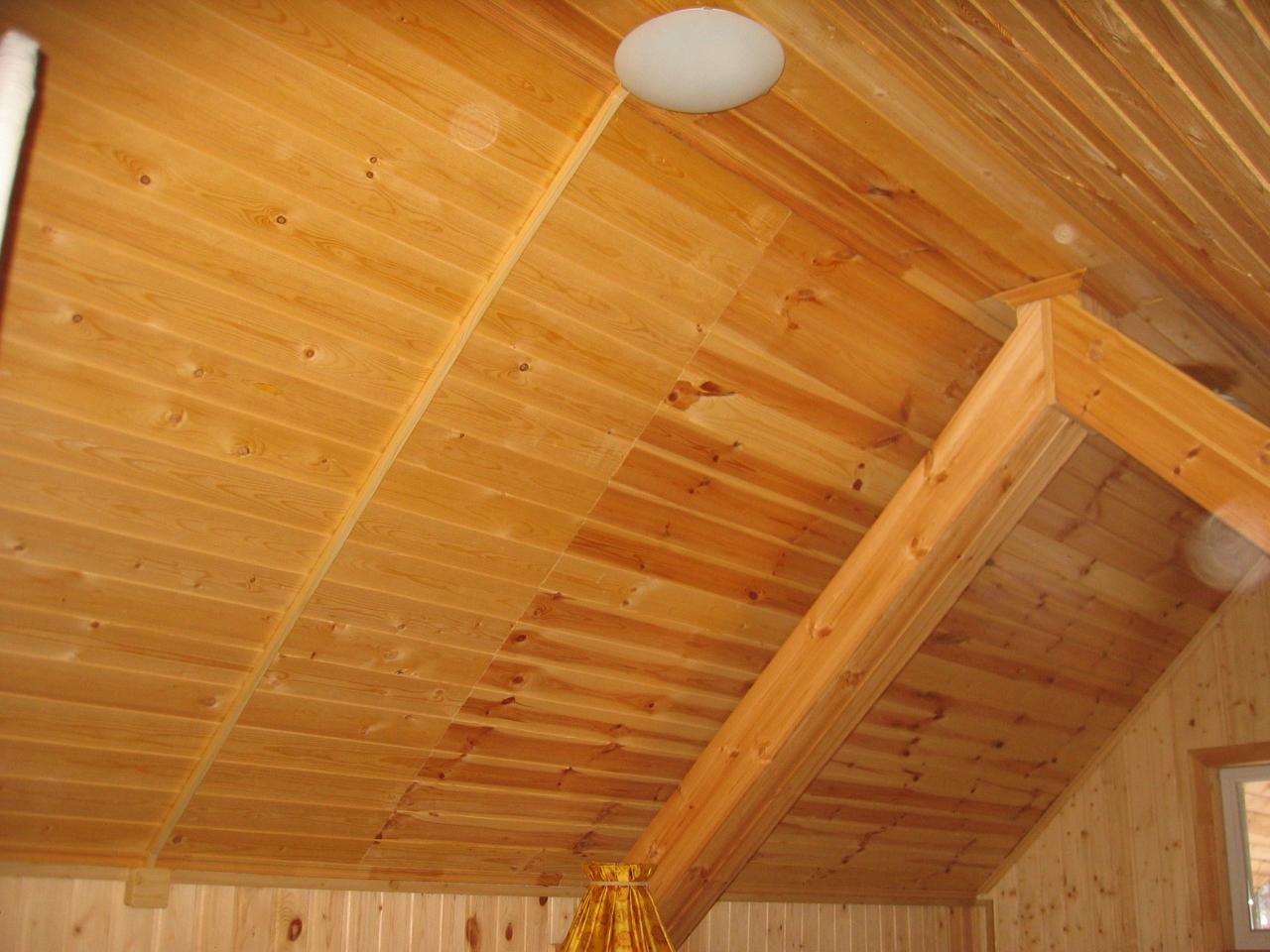 Деревянный дом. Монтаж в кабель-канале. Мансардный этаж.