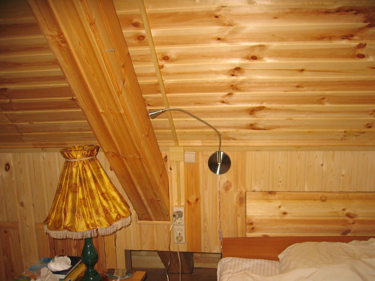Деревянный дом. Монтаж в кабель-канале. Мансардный этаж.  1