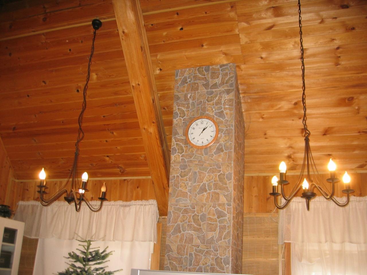 Деревянный дом. Монтаж в кабель-канале