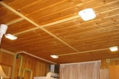 Деревянный дом. Монтаж в кабель-канале. Светодиодные светильники. 1