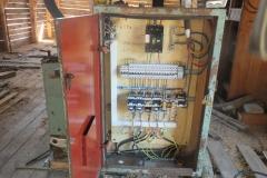 Деревообрабатывающий станок. Замена автоматики. 1