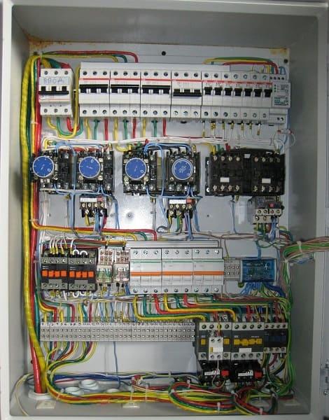 Электромонтажные работы по установке электрощитов